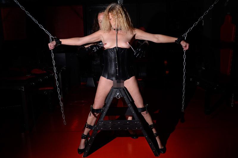 rohrstock strafe erotische photographie